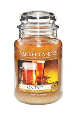 Yankee Candle's new On Tap fragrance, one of the two new additions to the fan favorite Man Candles collection for summer 2014, offers the cool, golden aroma of a freshly poured draft beer.