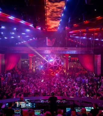 Drai's Beach Club • Nightclub at The Cromwell Las Vegas offers 65,000 square-feet of day and nightlife experiences boasting open-air, panoramic views from 11 stories above the iconic Las Vegas skyline