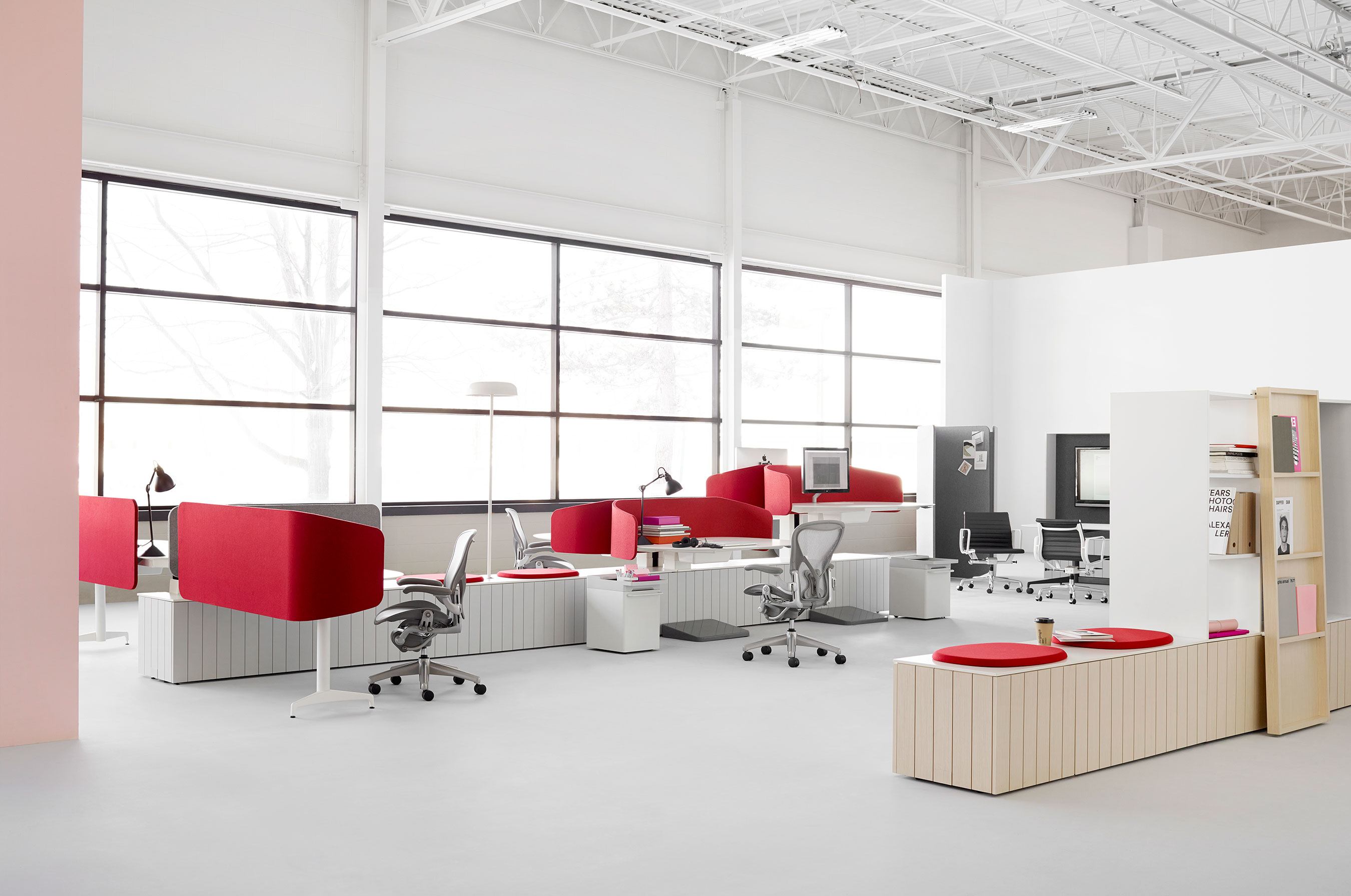 herman miller brings living office℠ to life - public