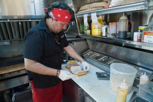 Cafe Con Leche prepares a dish