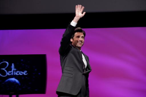 Patrick Dempsey greeting audience