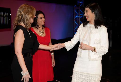 Andrea greeting Avon Reps