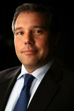 Manny Santos, Director, MultiVu Latino