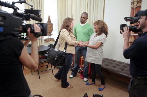 HGTV Design Star finalist Meg Caswell meets homeowners Andre and Latoya
