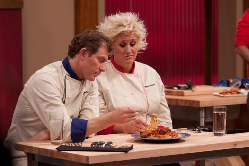 Anne Burrell & Bobby Flay with contestants