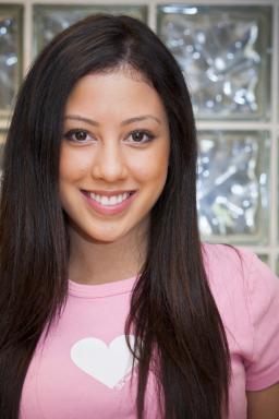 Singer and Author Keana Texeira