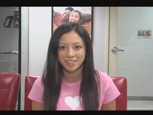 Singer Keana Texeira