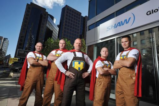 HGTV star Mike Holmes poses with 'Mike-alikes'