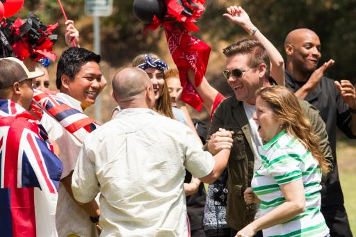 Tyler Florence welcomes contestants from The Great Food Truck Race Season 4