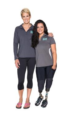 Meningococcal Disease Survivor Jamie Schanbaum and Dara Torres Vertical Shot