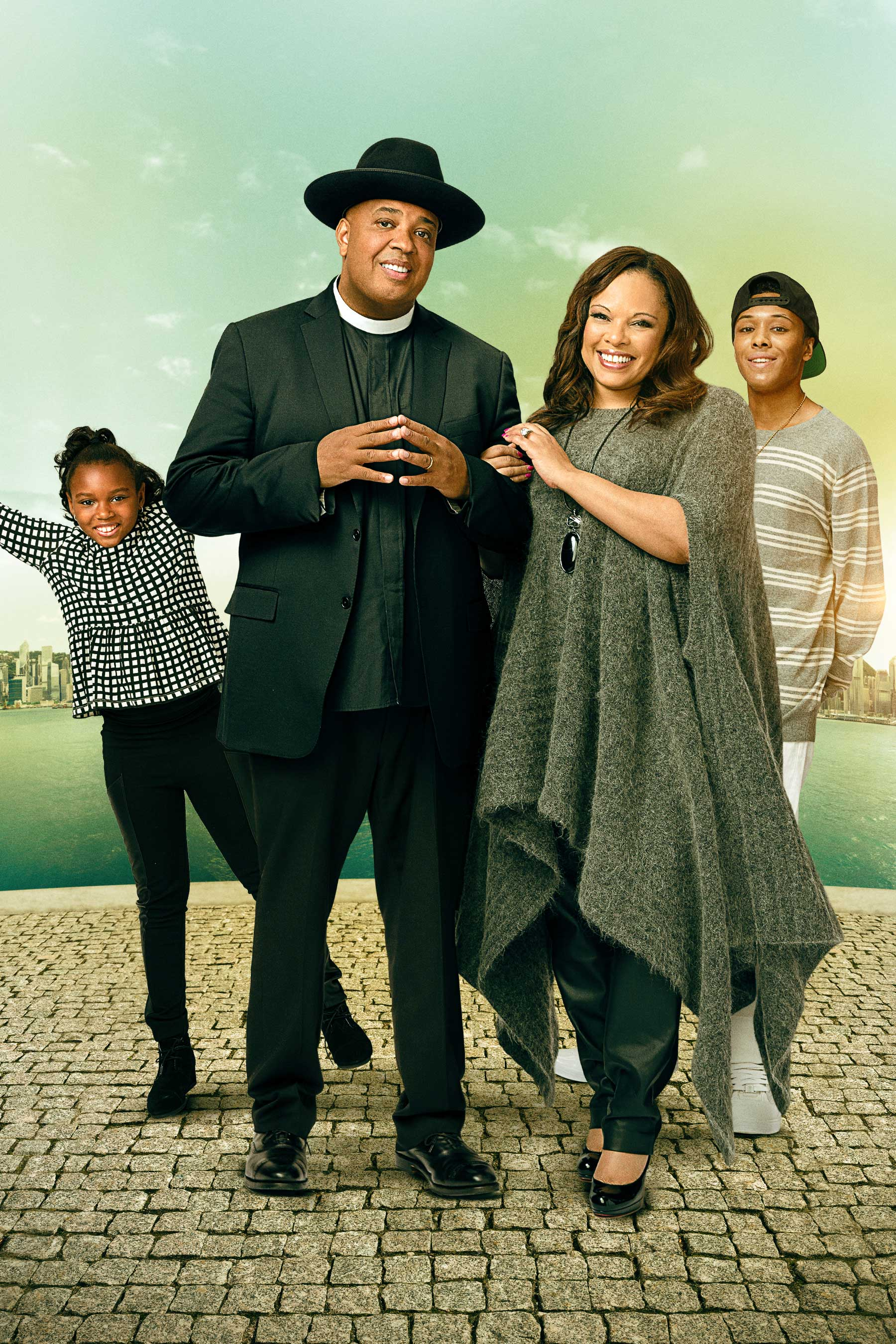 "Simmons Family Photo (L to R - Miley Simmons, Joseph ""Rev Run"" Simmons, Justine Simmons, Russy Simmons)"