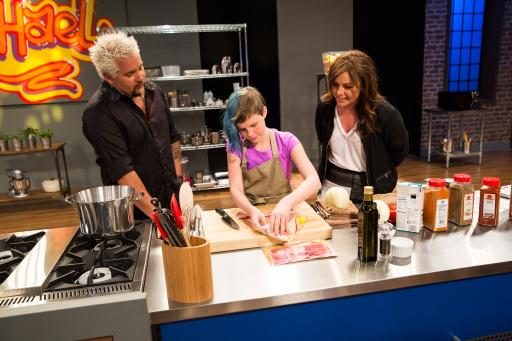 Mentors Guy Fieri and Rachael Ray with Kidtestant Helen Wilson