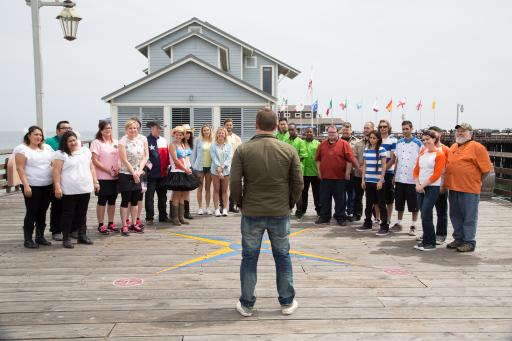 Host Tyler Florence Greets the Teams on The Great Food Truck Race