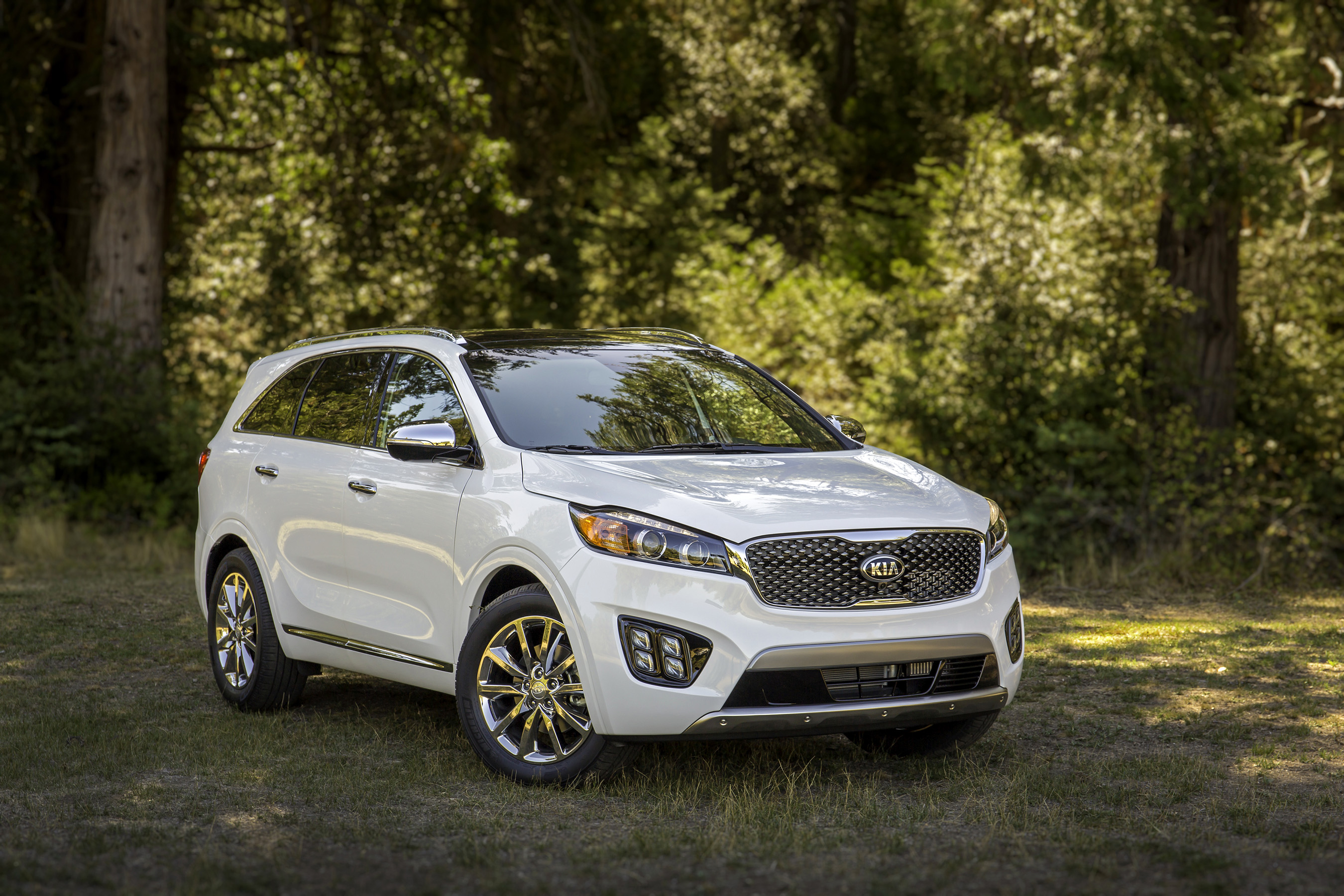 all new 2016 sorento makes north american debut at los angeles auto show. Black Bedroom Furniture Sets. Home Design Ideas