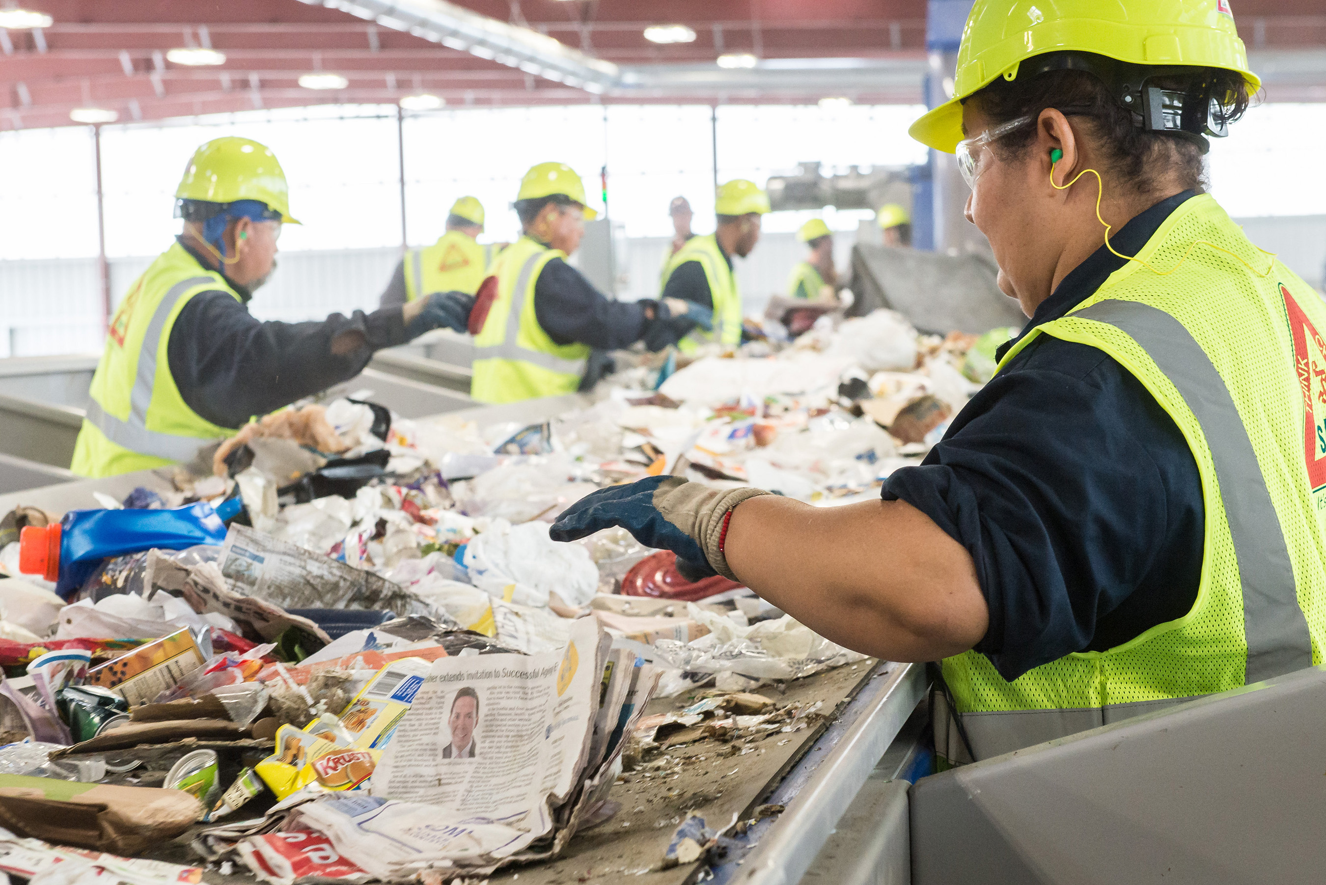 Recycled items at Republic's Southern Nevada facility can travel up to 1 mile in 2.5 min on the conveyor belt