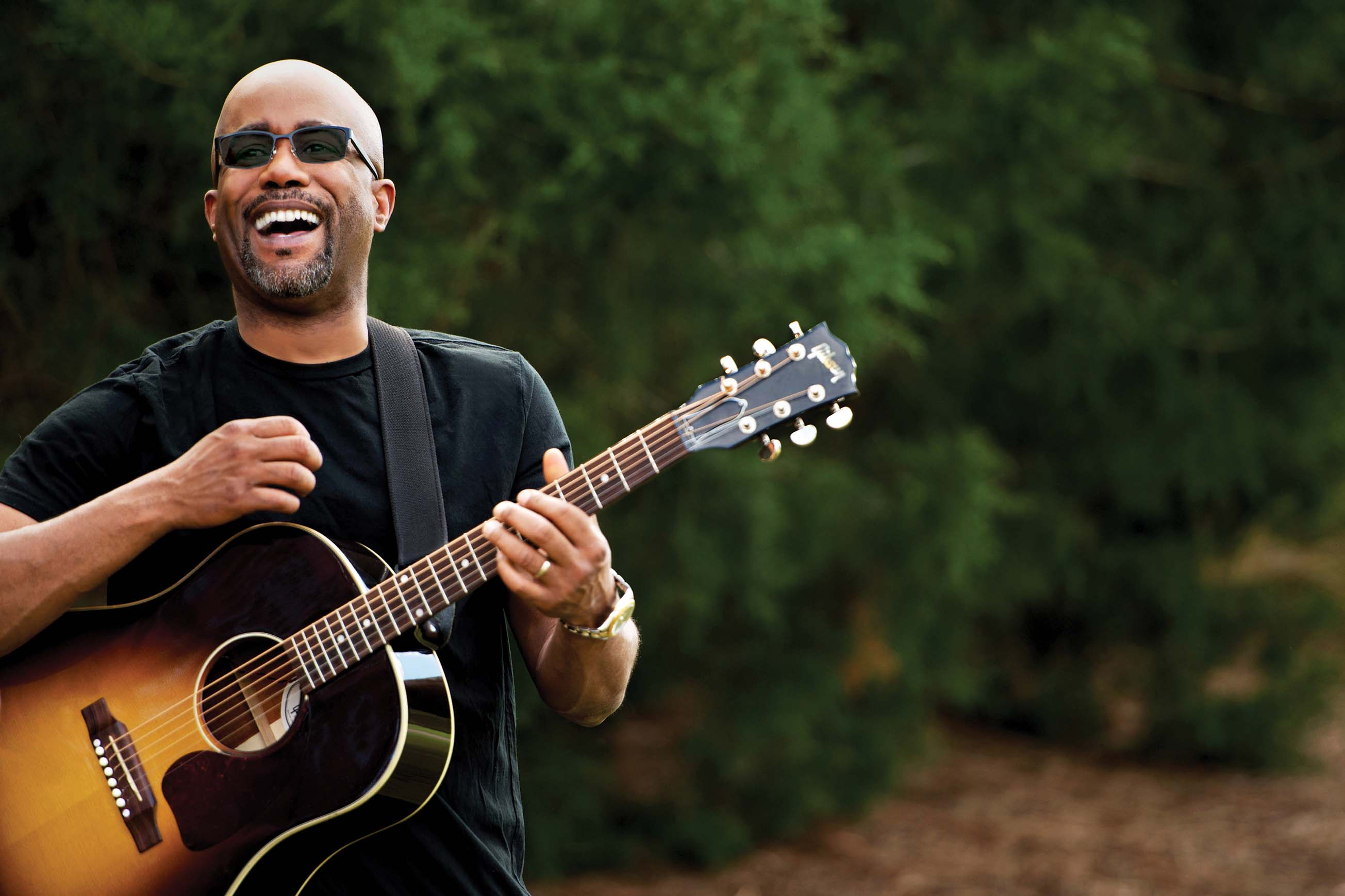 http://www.multivu.com/players/English/7194751-transitions-optical-onesight-darius-rucker-make-dreams-come-true/gallery/image/84c639e4-8268-4c90-9197-491ee01dd911.HR.jpg