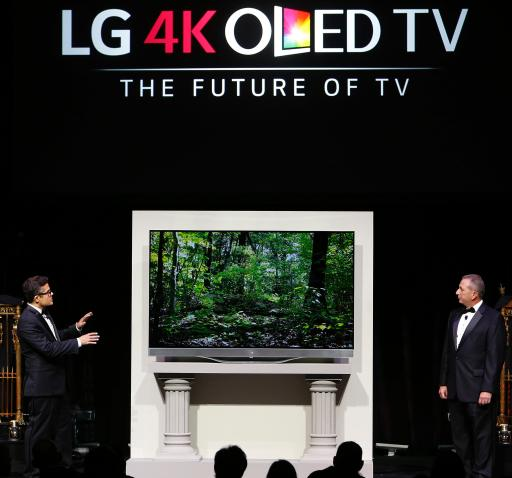 LG Art of the Pixel judge Mark Tribe explains the artwork he created for LG's Ultra HD 4K OLED TV