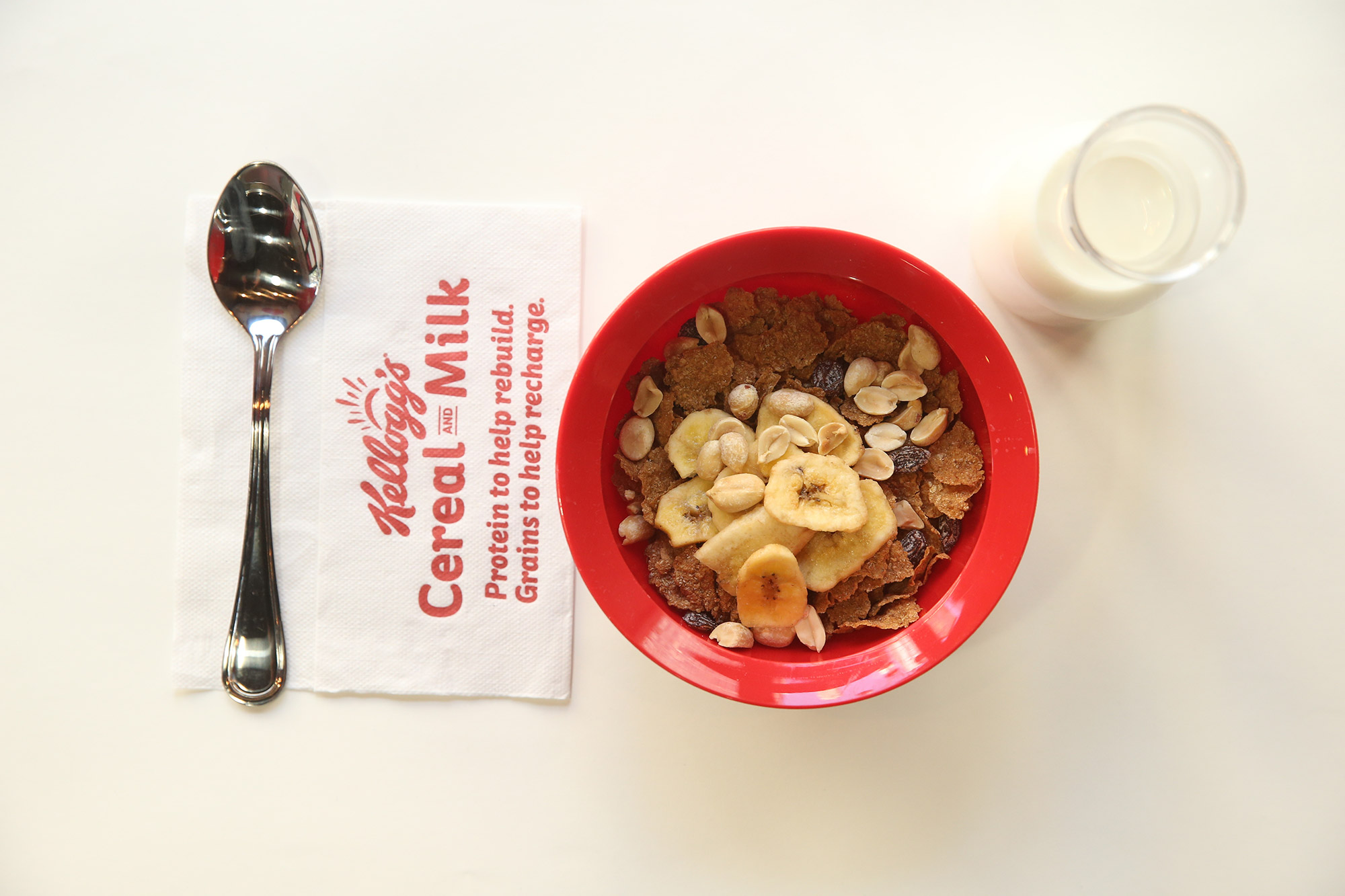 Kellogg's® Recharge Bar Served Up Extraordinary Mornings to
