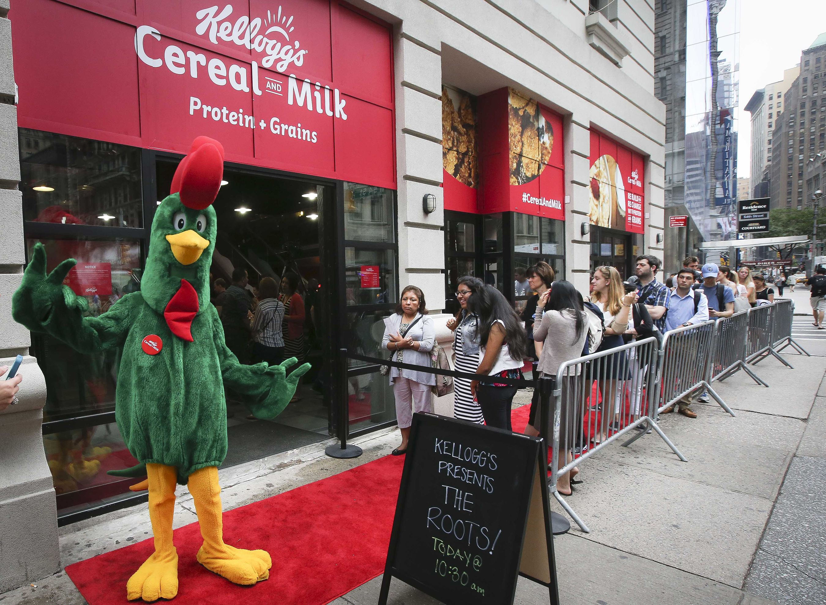 Fans line up to see Grammy Award-winning band The Roots at Kellogg's Recharge Bar