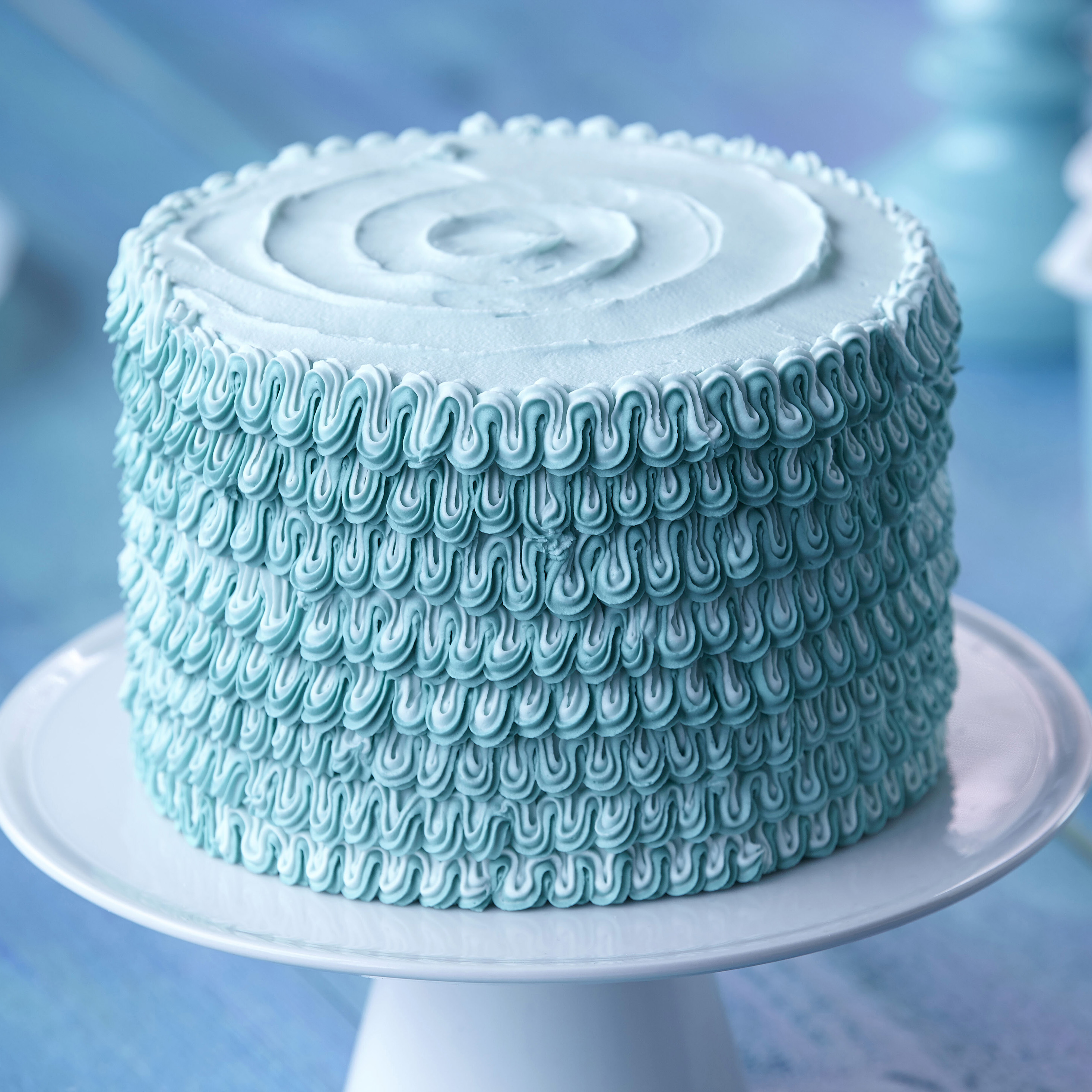 Learn to decorate a cake with a Wilton Method Class?