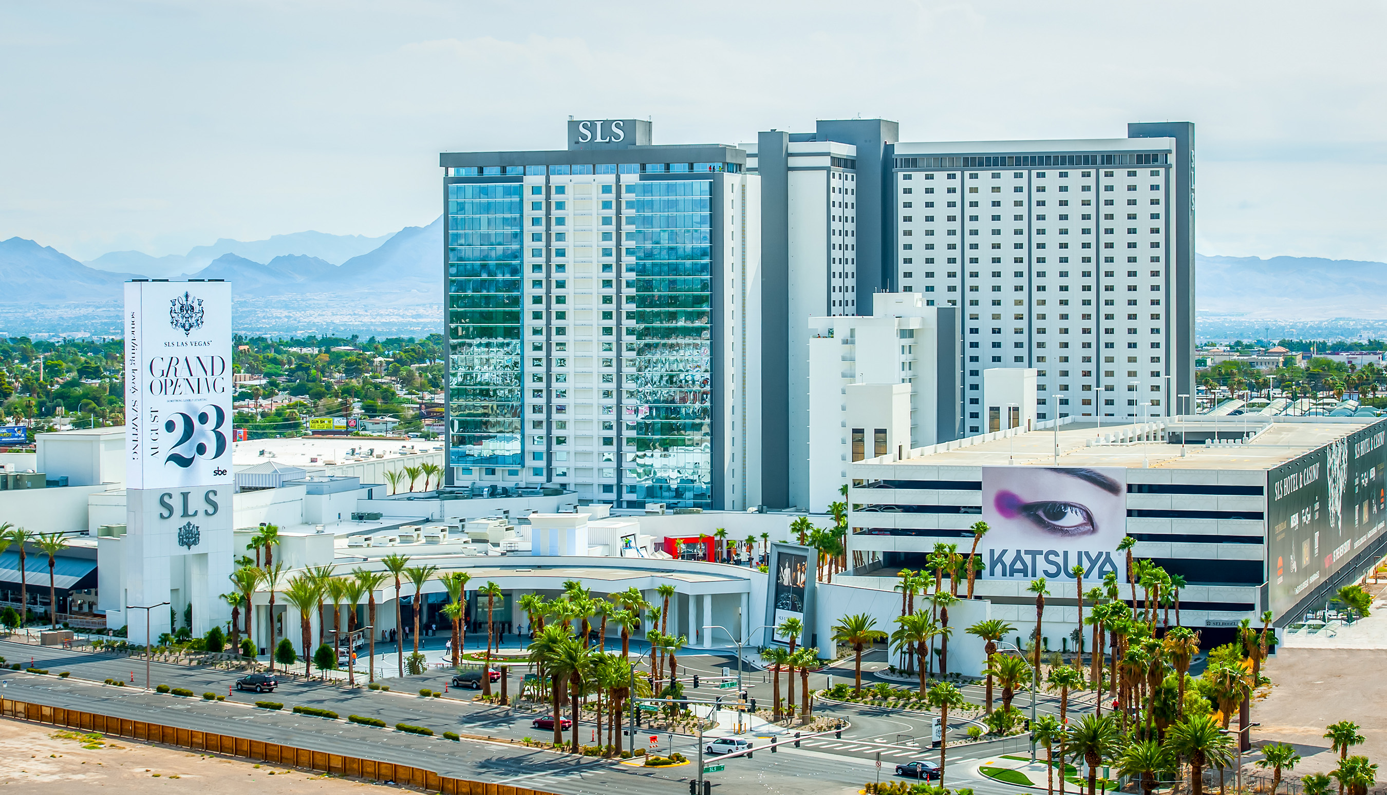 Sls las vegas debuts as first major las vegas resort for Hotel concepts