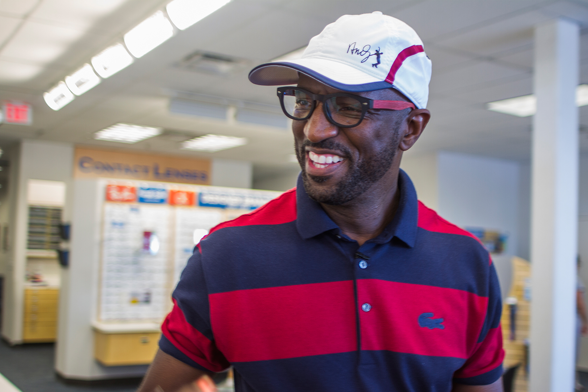 comedian rickey smiley partners with americas best contacts eyeglasses to make stylish eyewear more affordable