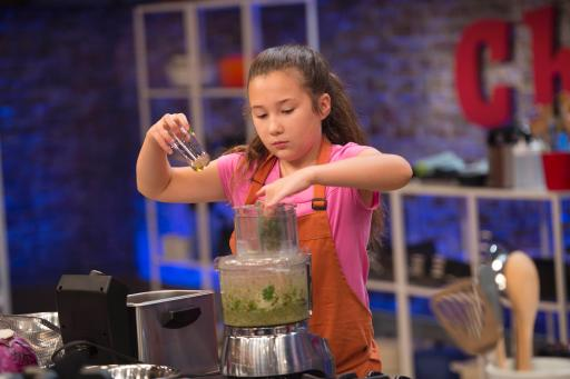 Kidtestant Scarlett on Food Network's Rachael Ray's Kids Cook-Off