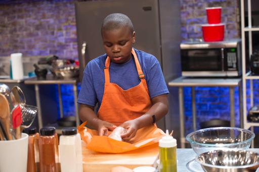 Kidtestant Chris Competes on Food Network's Rachael Ray's Kids Cook-Off