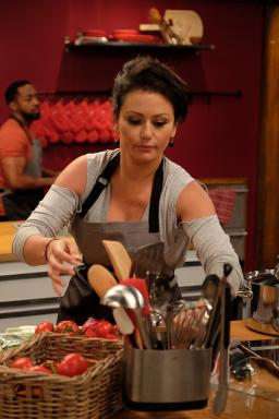 "Contestant Jenni ""Jwoww"" Farley on Food Network's Worst Cooks in America Celebrity Edition"