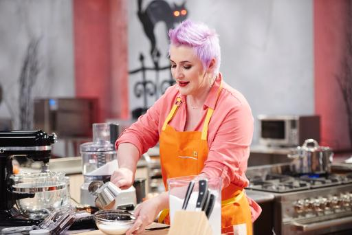 Contestant Ashlee Prisbrey competes on Food Network's Halloween Baking Championship