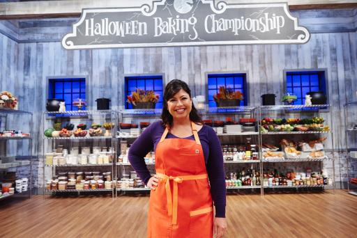 Contestant Jennifer Petty on Food Network's Halloween Baking Championship