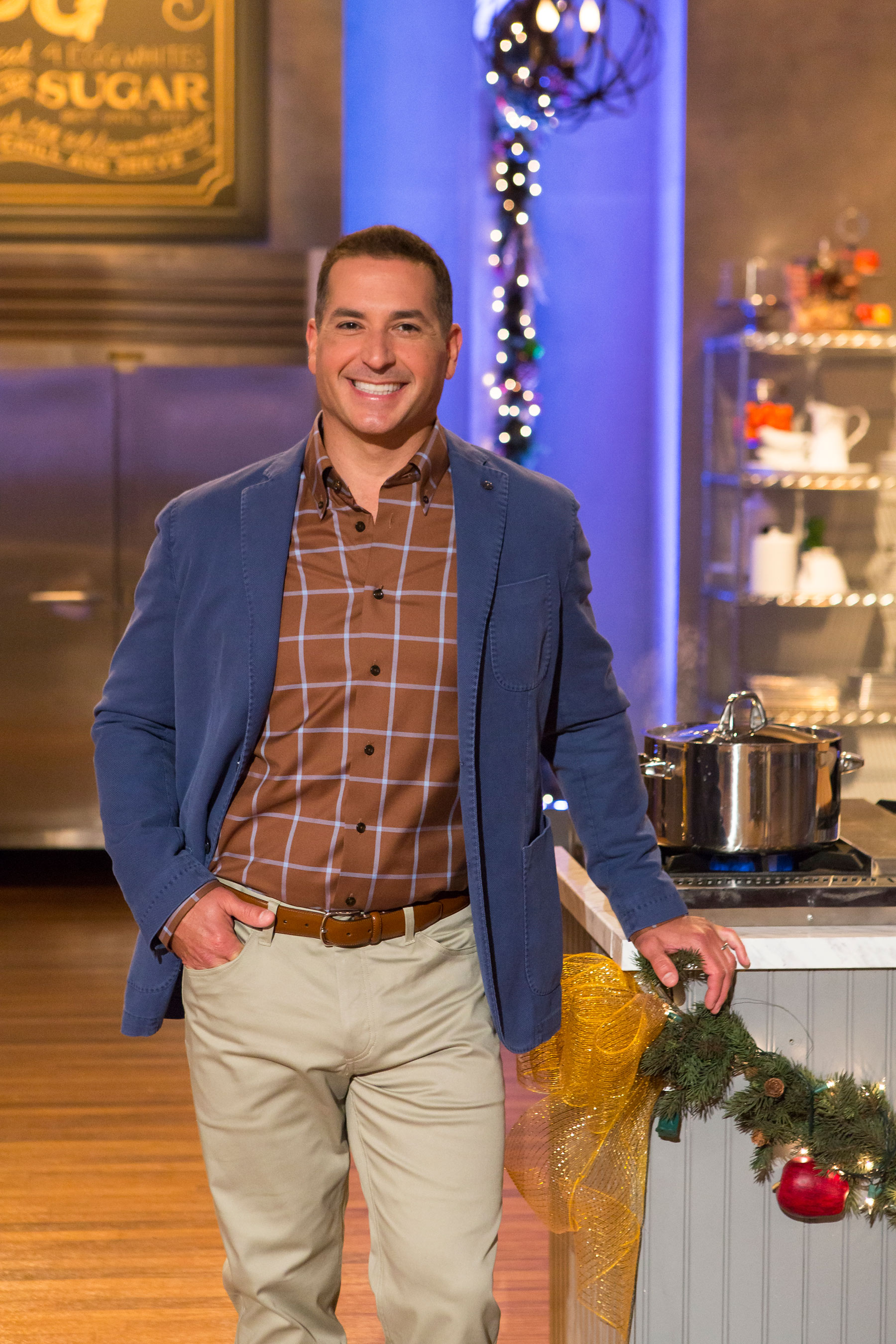 http://www.multivu.com/players/English/7329451-food-network-holiday-baking-championship-premieres-november-9th-2014/gallery/image/65bd7e4a-96d9-4a1e-8a62-b961e40f05da.HR.jpg