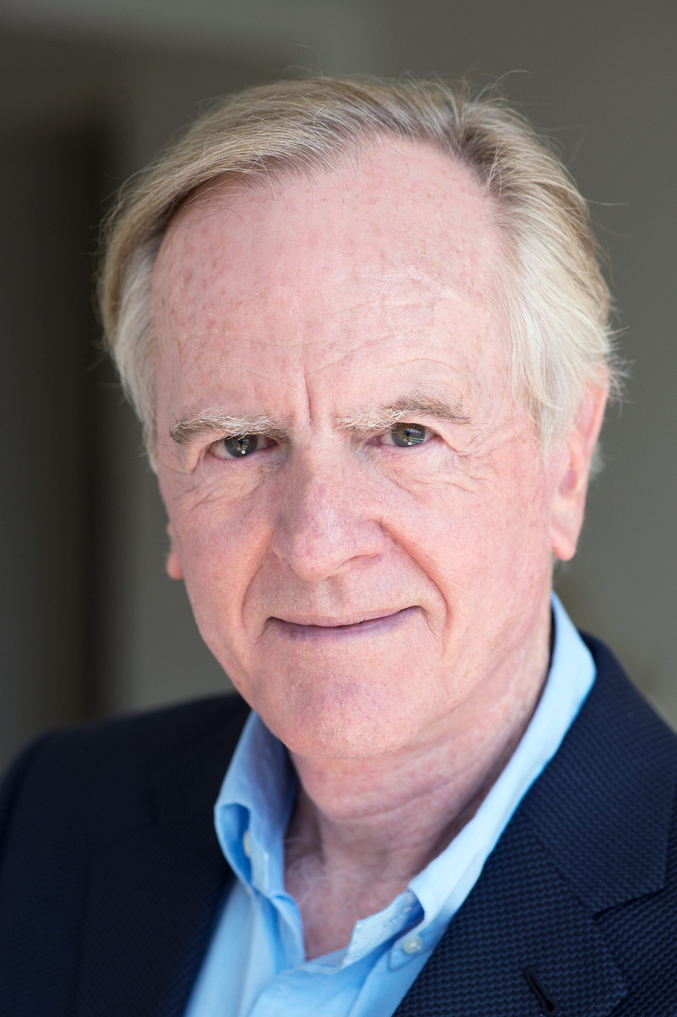 "John Sculley, former CEO of Pepsi-Cola and Apple, launches new business book Moonshot! and multimedia learning series ""How to Build a Successful Business"", ... - 2dcce77d-3ffc-4cf9-a40d-b762a7284b7b.HR"
