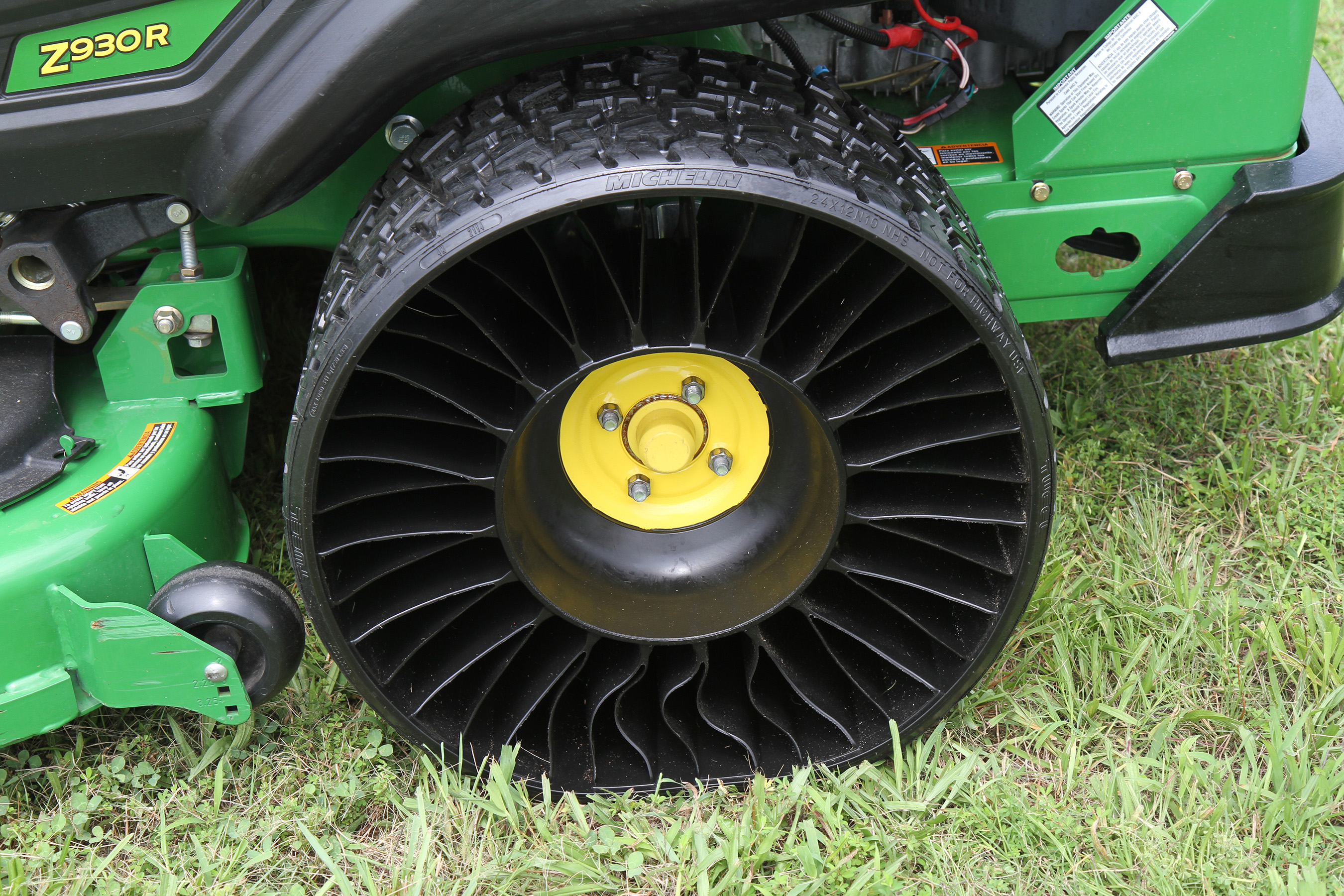 This award winning technology of the michelin x tweel turf airless radial tire is available for landscape professionals who normally experience expensive