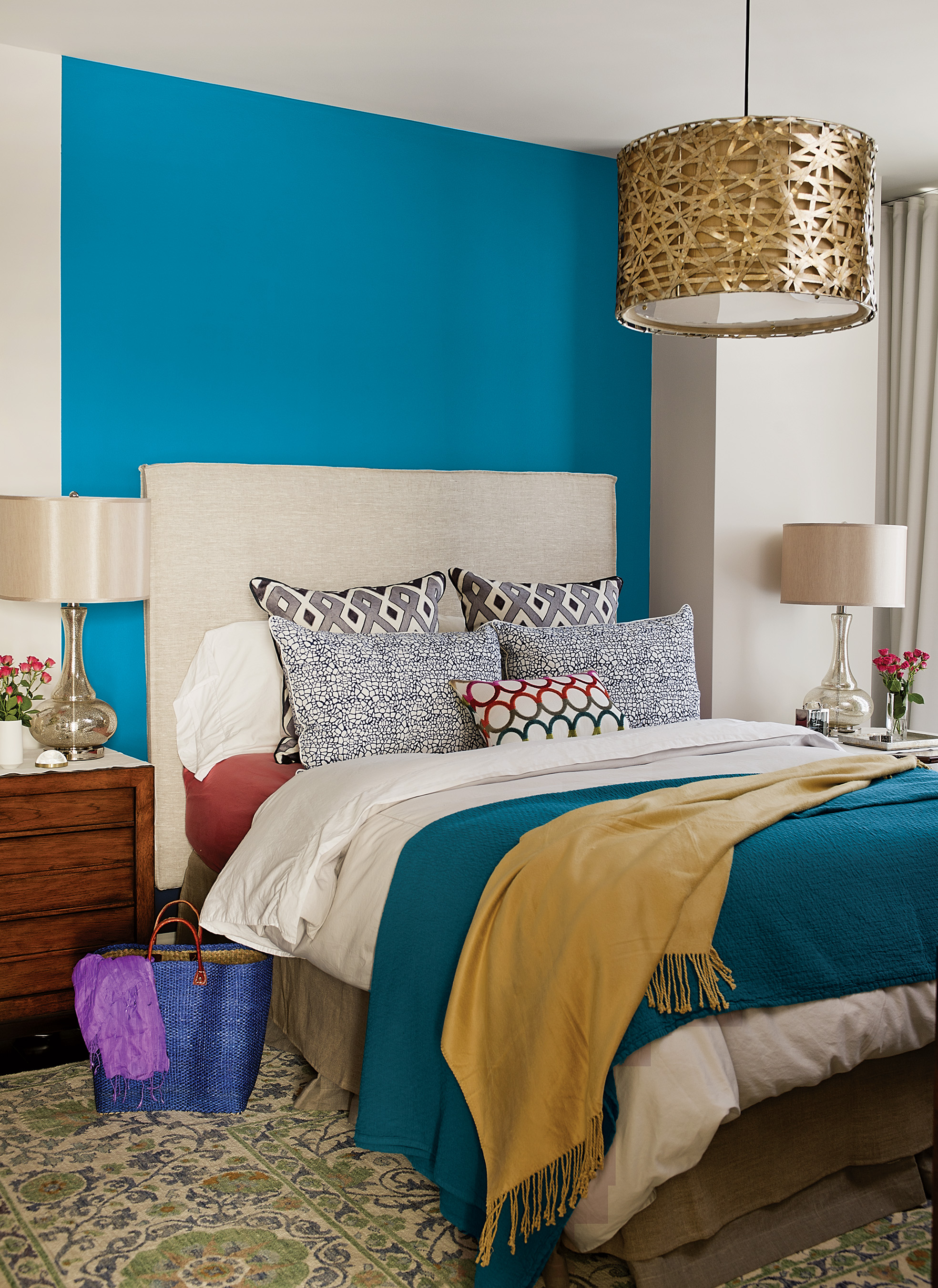 blue paisley named 2015 color of the year by ppg. Black Bedroom Furniture Sets. Home Design Ideas