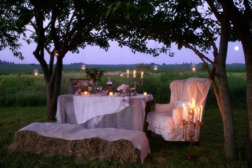 Romantic Prairie Style Dinner for Two, Photo: Mark Lohman