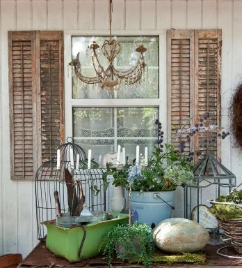 Fifi O'Neill Prairie Back Porch, Photo: Mark Lohman
