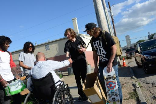 (OLD2)Skate for Change helping feed the homeless in Nebraska