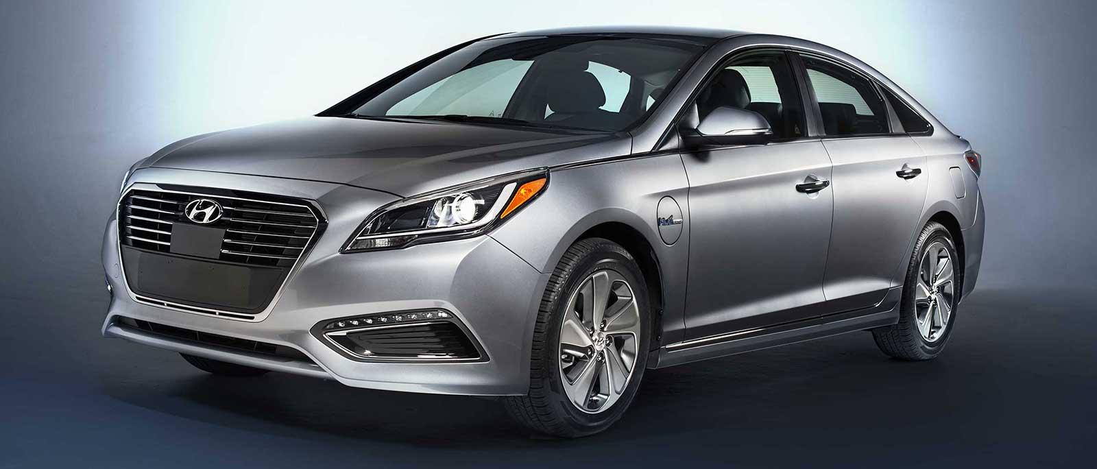 2016 Hyundai Sonata Plug In Hybrid Expected To Deliver 22 Mi All Electric Range