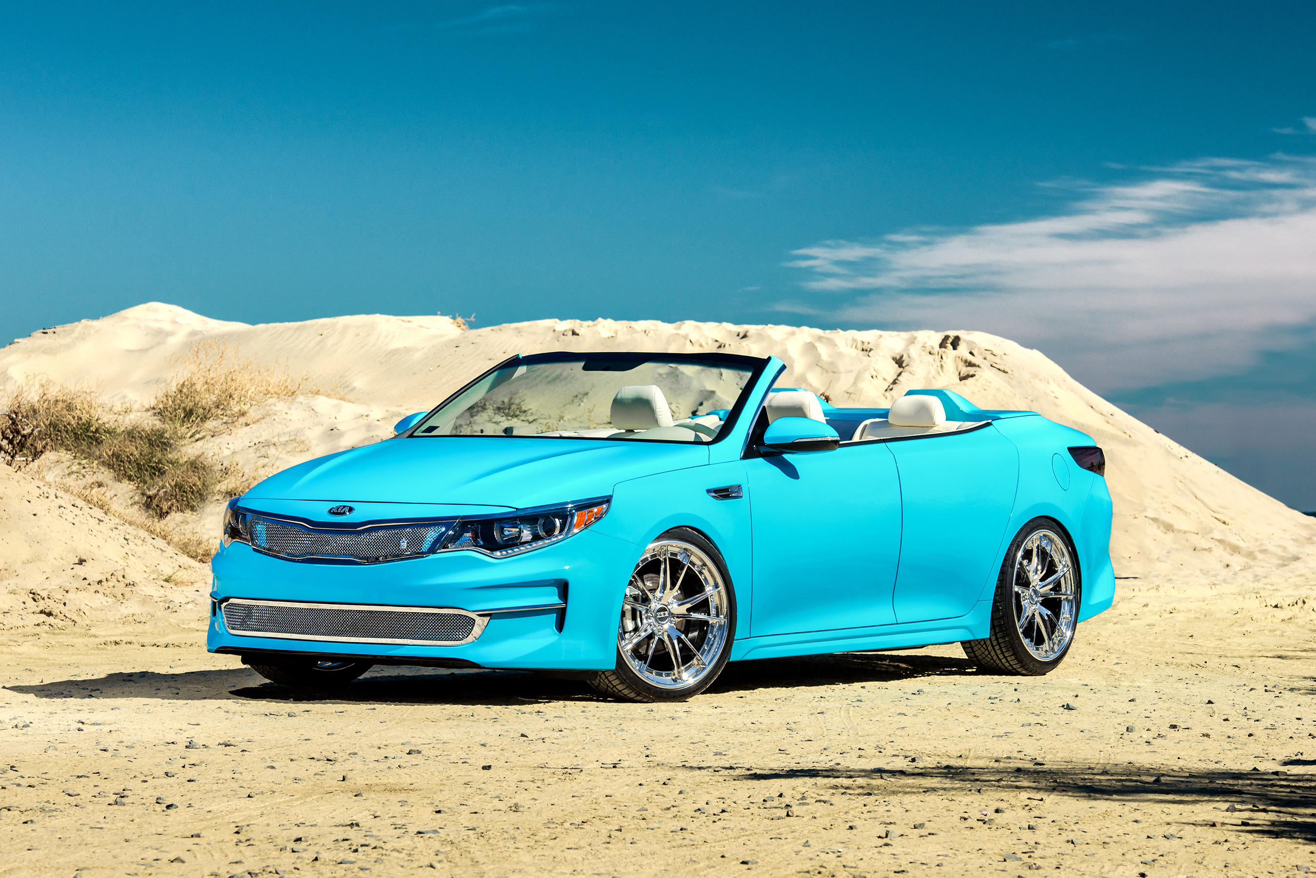 The A1A Optima takes inspiration from Florida's iconic byway by letting in the sunshine, making it the perfect companion to explore the state's rich history and subtropical splendor.