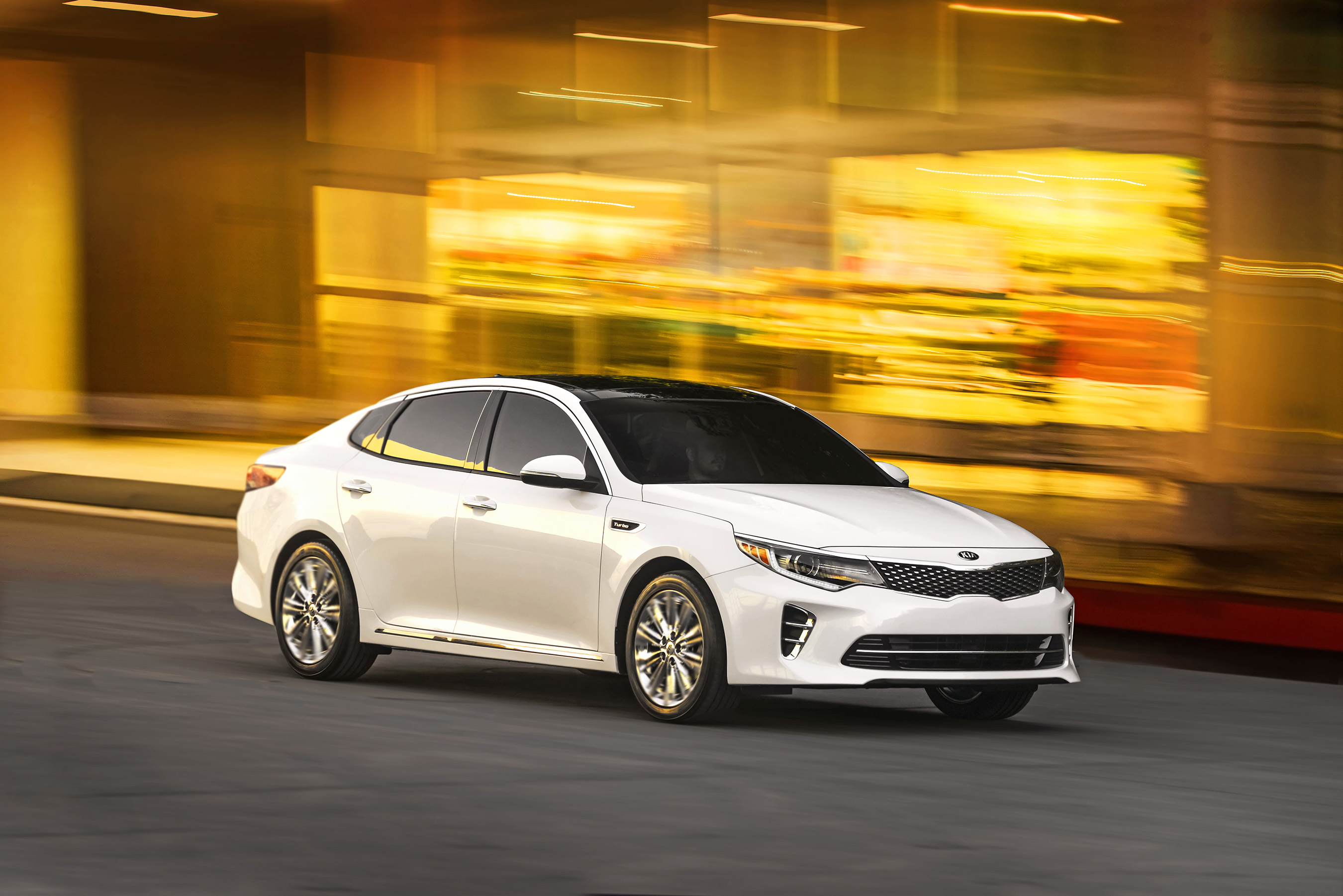 all new 2016 optima midsize sedan makes global debut at the new york international auto show. Black Bedroom Furniture Sets. Home Design Ideas