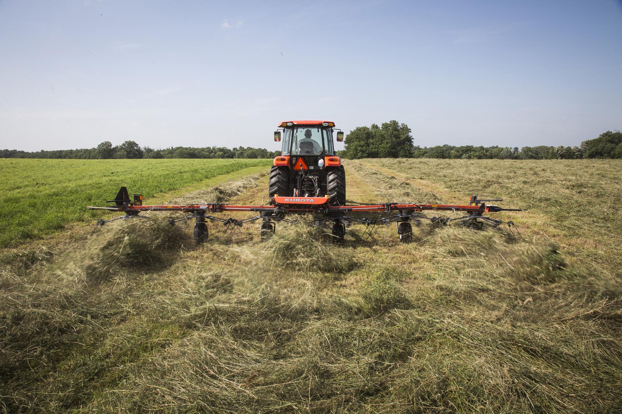 Baling Hay With Kubota : New phase of kubota hay tools now available at dealerships