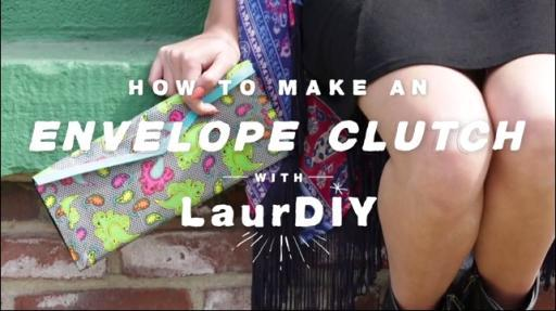 Create your own DIY clutch for prom with Duck Tape