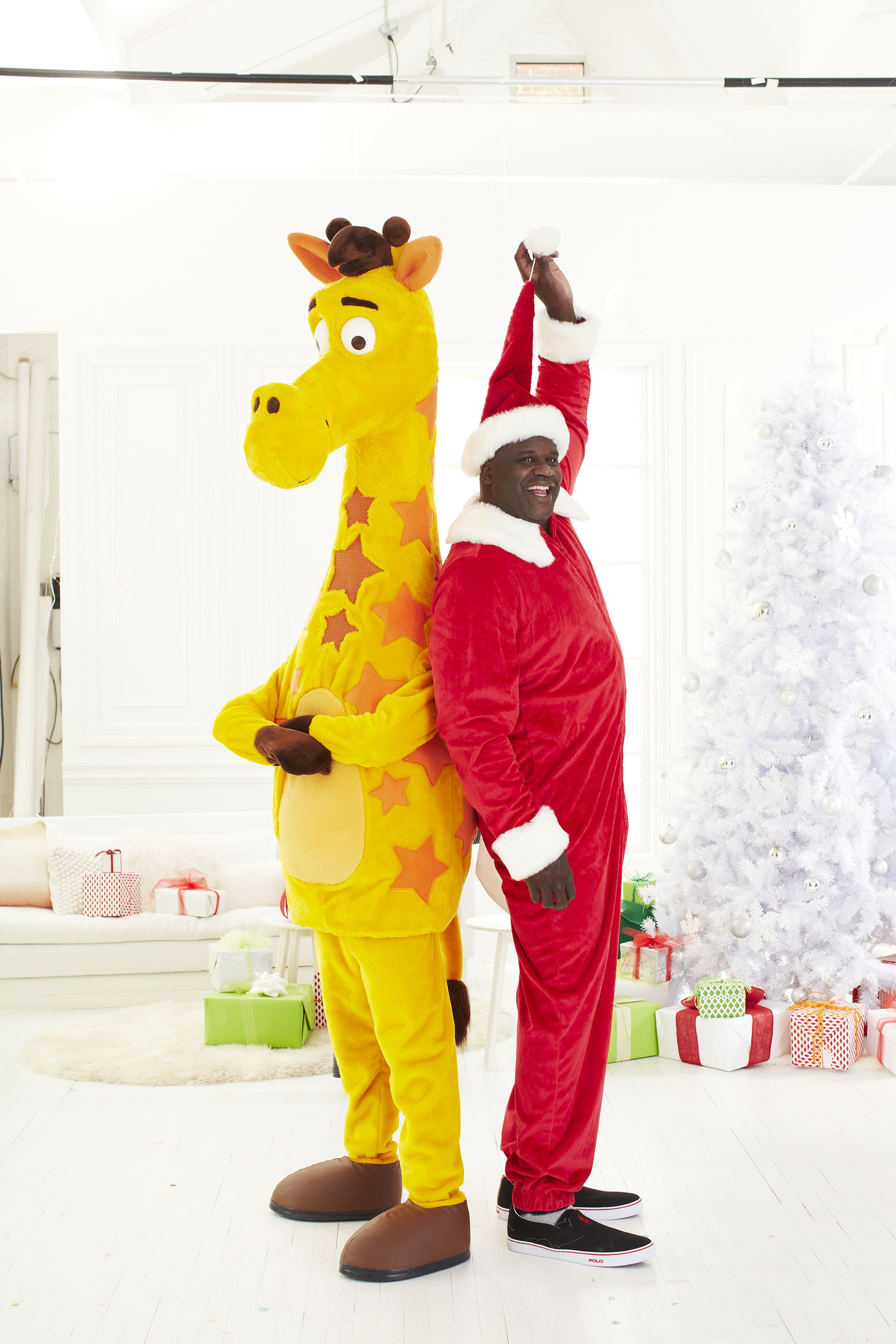 """To help Twitter followers give the gift of play to kids in need on #GivingTuesday, the Toys""""R""""Us Children's Fund will donate 1 toy to Toys for Tots, up to $125,000 worth, for every retweet of Shaquille's #PlayItForward tweet on December 1"""