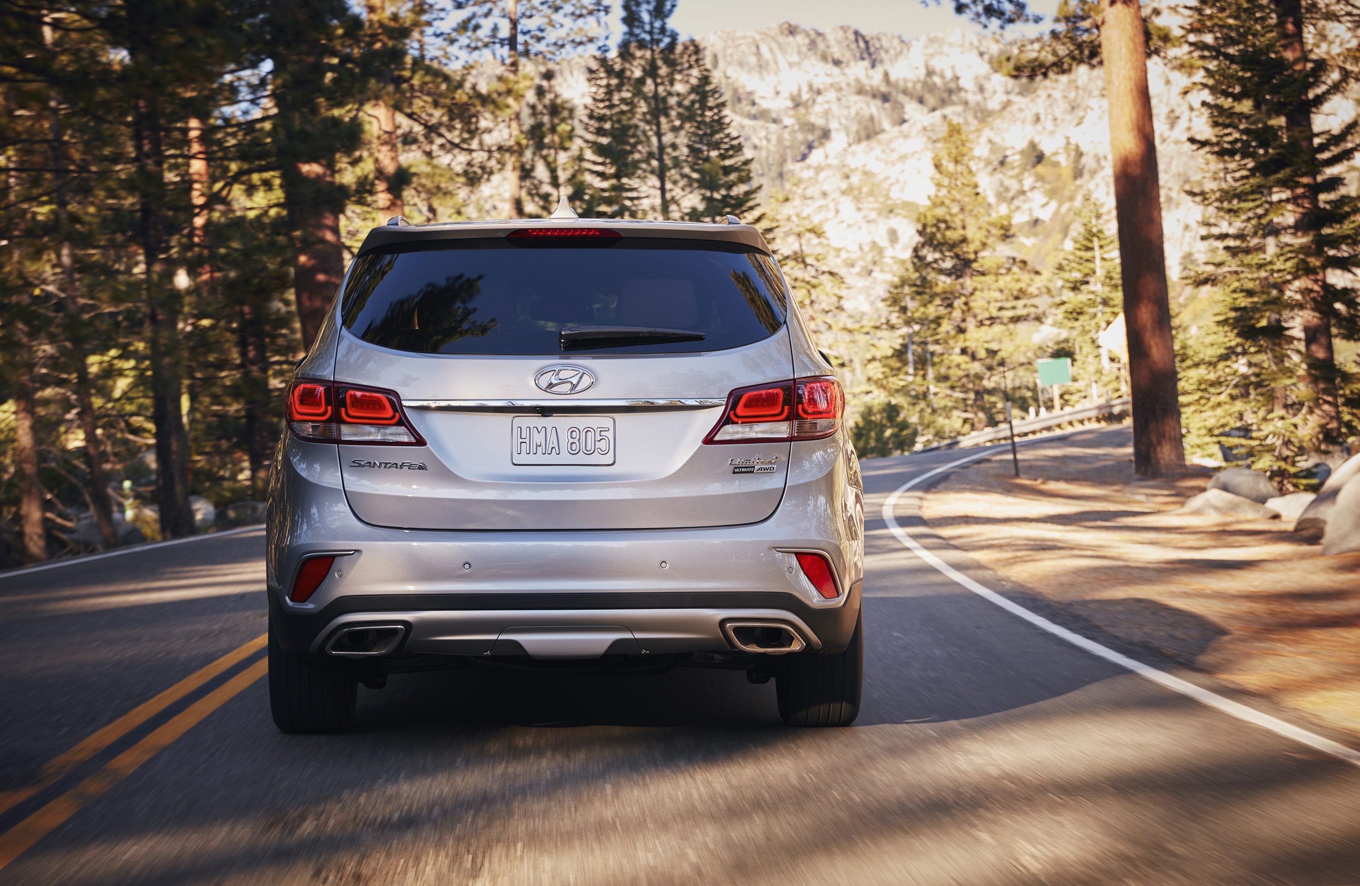 2017 HYUNDAI SANTA FE LINE-UP FEATURES ENHANCED DESIGN, INFOTAINMENT, LED LIGHTING, CONVENIENCE AND SAFETY