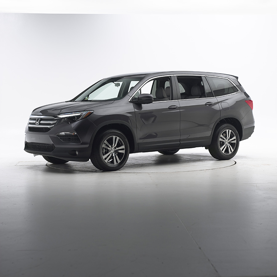 all new 2016 honda pilot earns a 2015 top safety pick. Black Bedroom Furniture Sets. Home Design Ideas