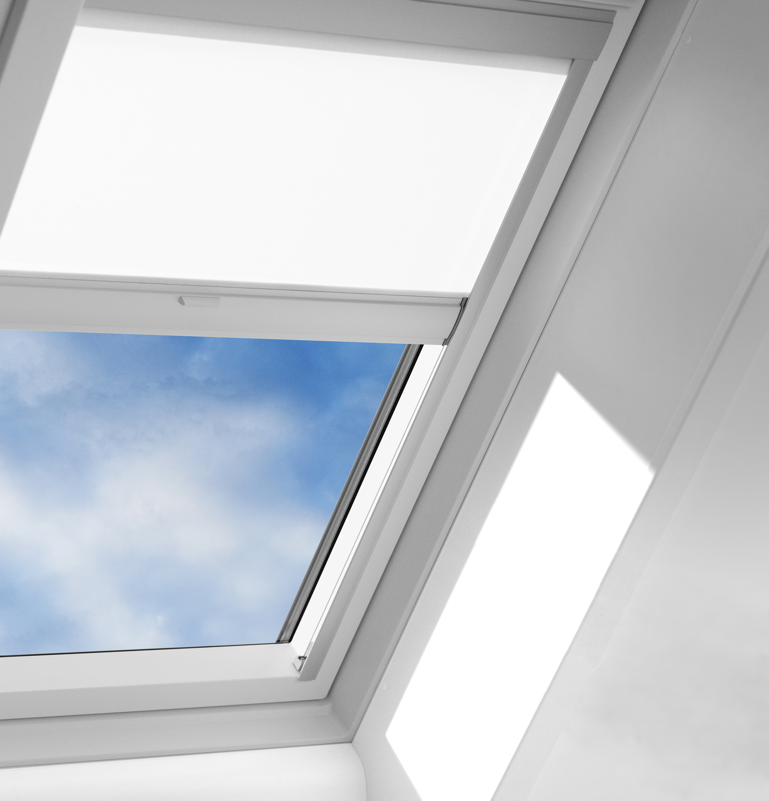 Money saving reroofing ideas from velux america for Velux solar powered blinds