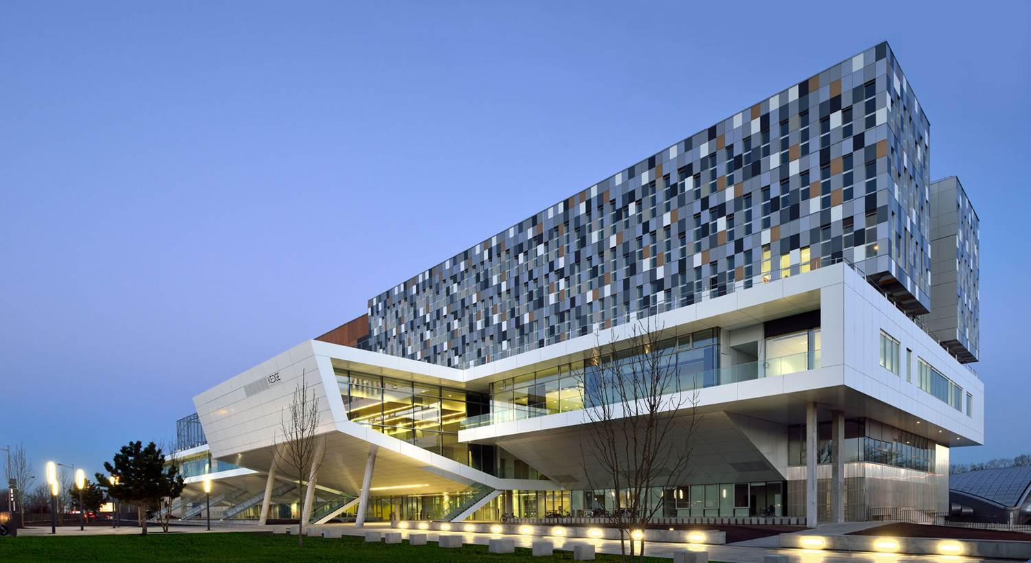 Kedge Business School And Korea University Business School