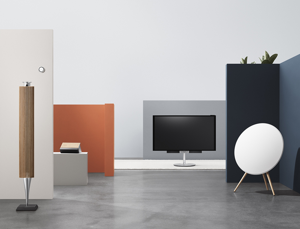 beosound moment the intelligent and playful music system. Black Bedroom Furniture Sets. Home Design Ideas