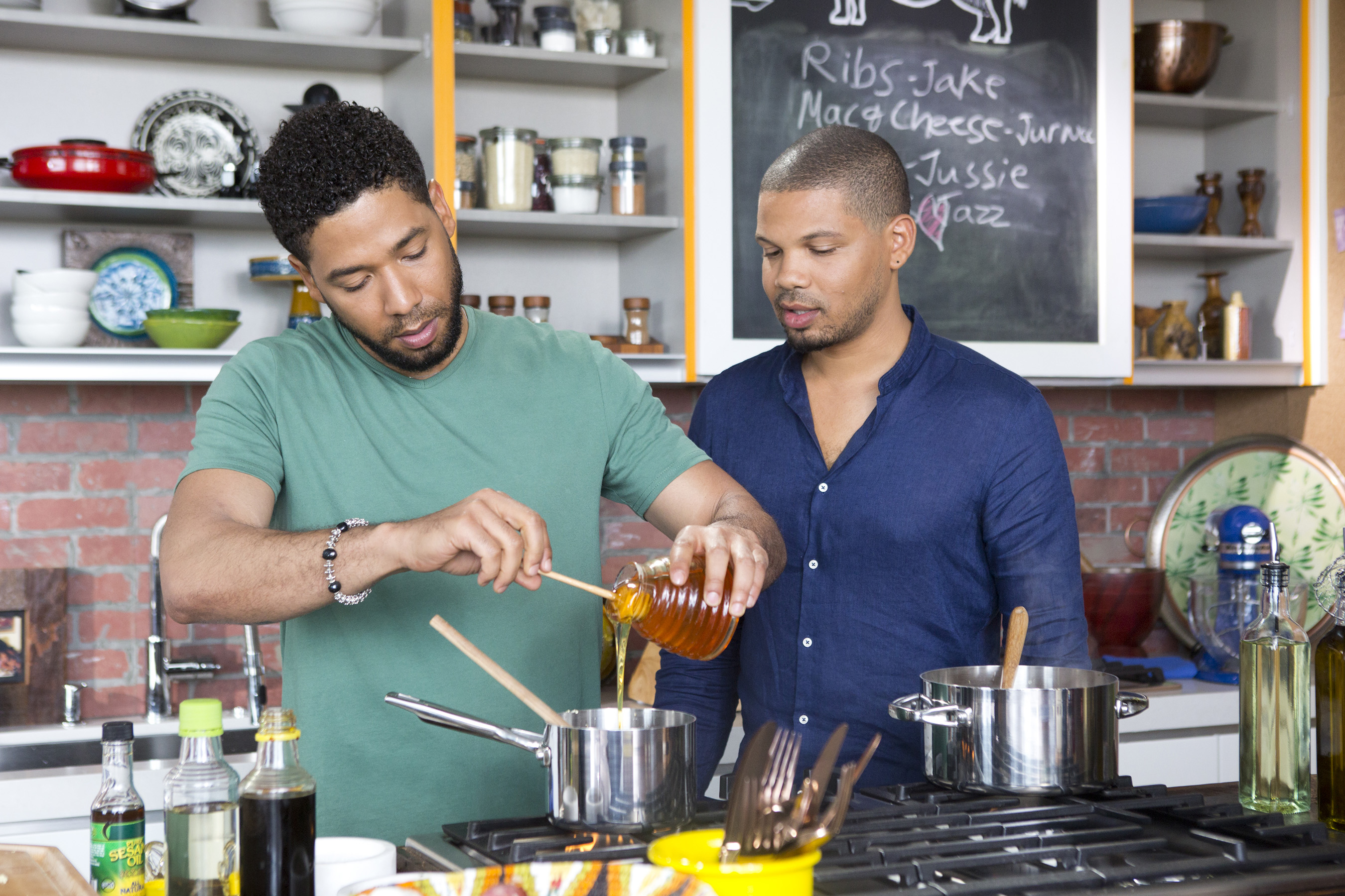 MULTI-TALENTED SMOLLETT FAMILY SERVES UP FUN, FOOD AND FAVORITE ...